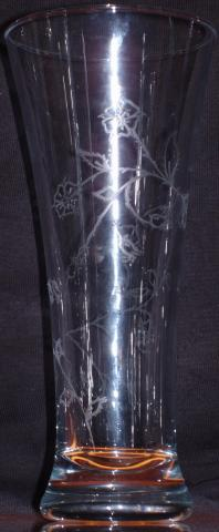 Rose_Motif_Pilsner_Glass.jpg
